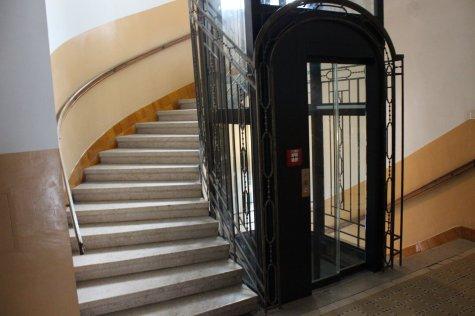 Nur-Glas-Türen